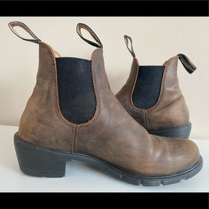 Blundstone Women's Brown Leather Chelsea Boot 7.5